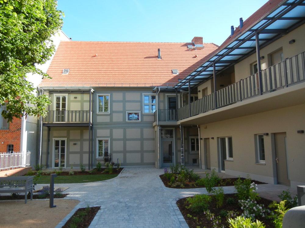 Königstraße 30, Hof